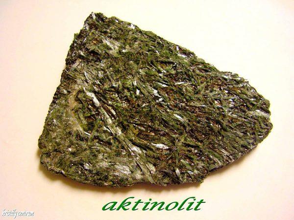 Aktinolit