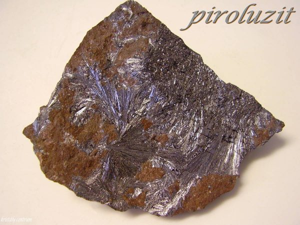 Piroluzit