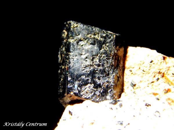 Amfibol kristály Plundichory Hurky, Suletice, Ústi nad Labem, Cseh Köztársaság