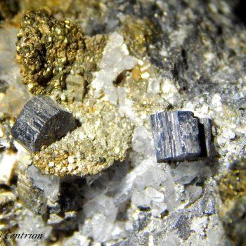 Bournonit kristályok