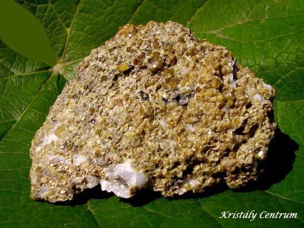 Grosszulár gránát kristályok - Recsk, Magyarország